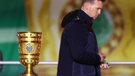 Durfte in Berlin nur am Pokal vorbeigehen: RB-Coach Julian Nagelsmann.