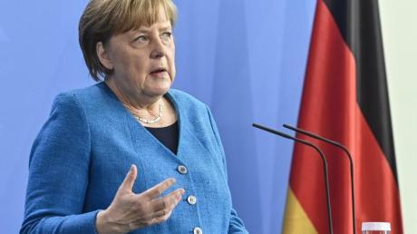 Genießt hohe Wertschätzung bei Bastian Schweinsteiger:Noch-Bundeskanzlerin Angela Merkel.