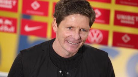 Wolfsburgs Trainer Oliver Glasner hat mit seinem Team die Champions League erreicht.