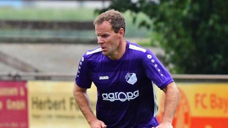 Hat die Hoffnung auf den Klassenerhalt noch nicht aufgegeben: Tobias Bauer, der Trainer des SV Grasheim.