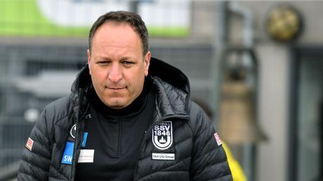 Trainer Holger  wird am Samstag letztmals mit den Spatzen ins Donaustadion einlaufen. Der SSV Ulm 1846 Fußball will nicht länger mit ihm zusammenarbeiten, will in der kommenden Saison neue Wege gehen.