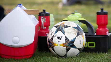 Bald geht es mit dem Fußball auch in den unteren Ligen wieder los: Die Einteilung im Kreis Zugspitze steht bereits.
