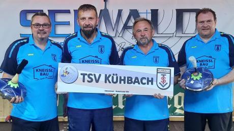 Einen in dieser Höhe unerwarteten 8:2-Erfolg feierten die Stockschützen des TSV Kühbach I in Passau: (von links) Alexander Ivenz, Rudi Baumgartner, Lorenz Mayer und Armin Hahn.