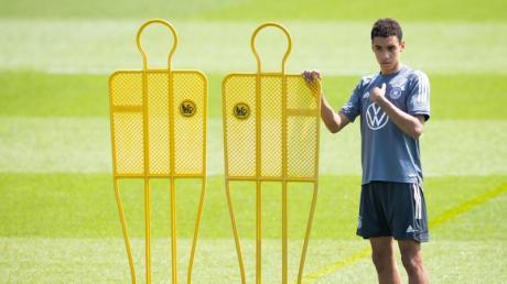 Vom Frischling im DFB-Team wird in Zukunft viel erwartet: Jamal Musiala beim Aufwärmen.
