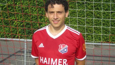 Simon Fischer kehrt überraschend vom TSV Pöttmes zum TSV Hollenbach zurück.