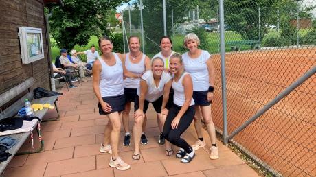 Die Frauen des TSV Offingen feierten einen 5:4-Auswärtserfolg und belegen aktuell den zweiten Tabellenplatz in der Bezirksklasse 2.