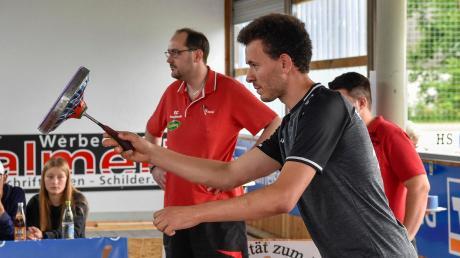 Matthias Peischer hat mit dem FC Penzing die Sommer-Saison beendet, für die kommenden Runden imWinter kann er sich große Ziele setzen, denn Stockschießen zählt jetzt zu den olympischen Winter-Sportarten.