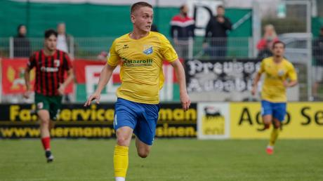 Tim Greifenegger und der FC Pipinsried gewinnen im ersten Heimspiel gegen den FC Augsburg II.