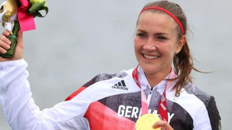 Gewann in Tokio Gold im Kanu-Sprint: Edina Müller.