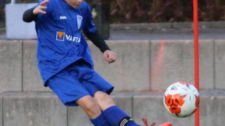 Julian Prpic stand beim Saisonauftakt gegen den FC Augsburg in der Startelf der U17 des TSV Nördlingen.