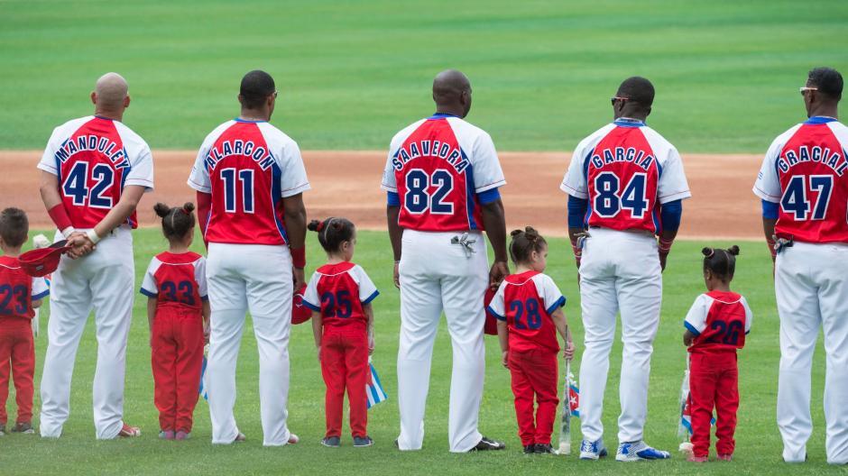 Baseball ist in Kuba Volkssport. | Bildquelle: https://t1p.de/jm9v © dpa | Bilder sind in der Regel urheberrechtlich geschützt