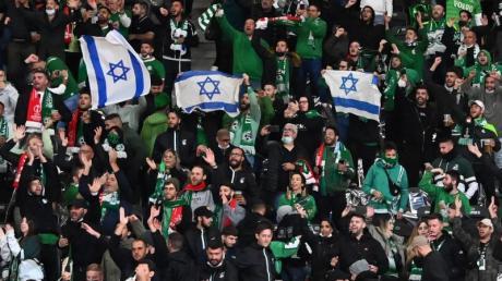 Union-Fans sollen israelische Fußball-Anhänger von Maccabi Haifa antisemitisch beleidigt haben.
