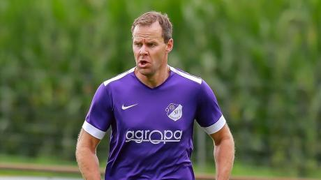 Auf Erfolgskurs: Spielertrainer Tobias Bauer empfängt mit dem SV Grasheim am Sonntag den VfR Neuburg II.