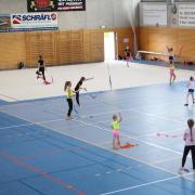 Aufregung beim TSV Friedberg: Eltern müssen sich verpflichten, ihre Kinder unter sechs Jahren regelmäßig zu testen – ansonsten darf nicht trainiert werden. Wie das Modell bei Eltern und Übungsleitern ankommt.