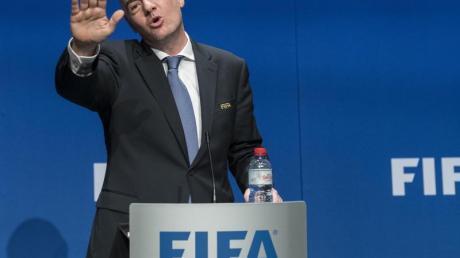 Muss mit seinen WM-Plänen gegen viele Widerstände ankämpfen:FIFA-Präsident Gianni Infantino.