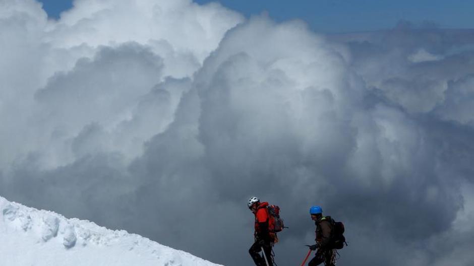Klettersteigset Sportler : Tourismus: bei klettersteigen die länge nicht unterschätzen