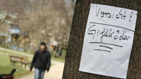 Wurde erneut ein Hund in Neu-Ulm Opfer einer Giftköder-Attacke? Die Polizei ermittelt.
