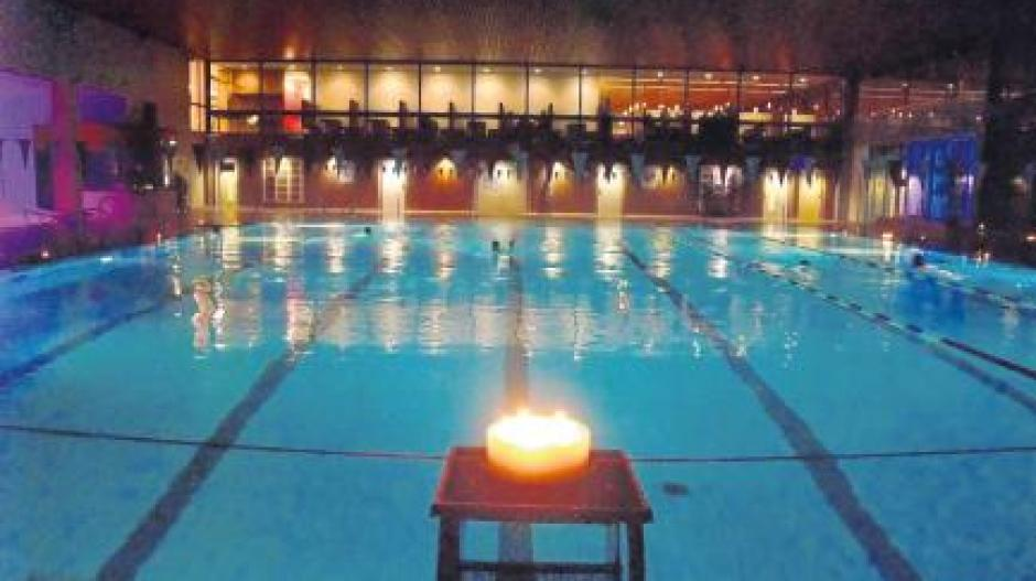 Candle light schwimmen
