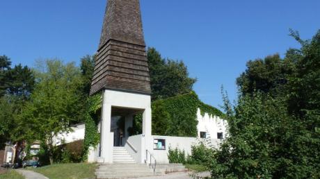 Die Gottesdienste aus der Pöttmeser Lutherkirche gibt es jetzt online.