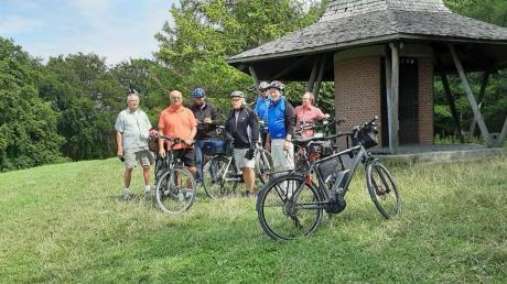 Einen Abstecher zur Europakapelle machten die Windacher Montagsradler diesmal bei ihrer Tour nach Herrsching.