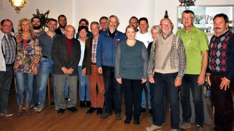 Zahlreiche Ehrungen für langjährige Mitgliedschaften gab es beim Alpenverein Kaufering.
