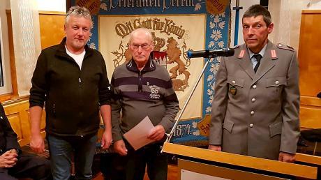 Für vierzigjährige Mitgliedschaft erhielt Karl Waibl die Ehrennadel in Gold.