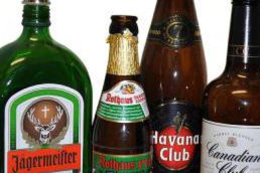 Wunderbar Alkoholische Getränke Az Bilder - Hauptinnenideen ...