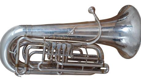 Tuba_2(1).jpg