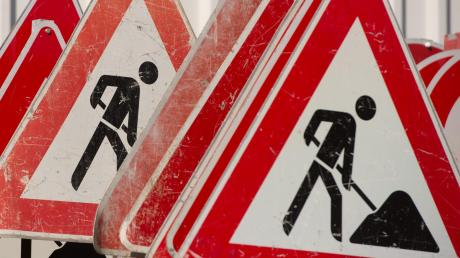 In Ellzee stehen wichtige Straßenbauarbeiten an (Symbolbild).