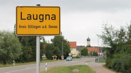In Laugna möchte ein Landwirt eine weitere Güllegrube errichten. Diese wird rund fünf Meter hoch.