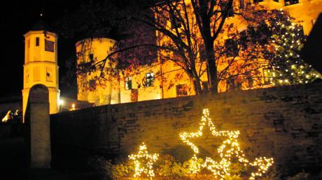 Zauberhaft und märchenhaft im Lichterglanz soll die Wertinger Schlossweihnacht auch in diesem Jahr werden. So viele Aussteller wie noch nie haben sich für das Ereignis angemeldet.