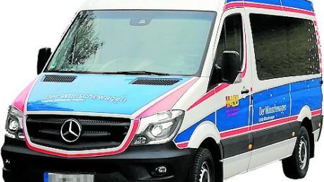 Der Wünschewagen des ASB wird auf der Wertinger Schlossweihnacht vorgestellt.
