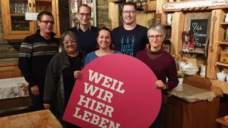 Der Ortsverband der Grünen in Zusamaltheim mit Vorstand und Unterstützern: (von links) Felix Heßmann, Heidi Terpoorten, Benedikt Rapp, Judith Heßmann-Koutecky, Peter Frank und Erika Heindel.