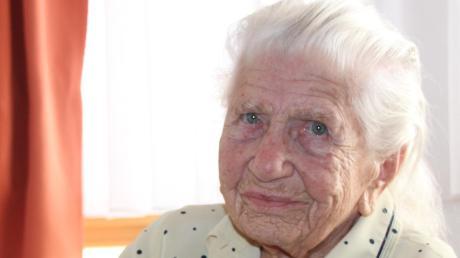 """Erna Meißner wird heute 100 Jahre alt. Die rüstige Seniorin sagt: """"Altwerden ist nicht beschwerlich."""""""