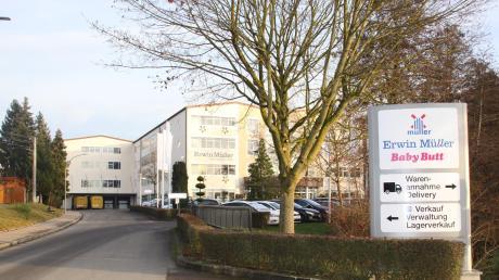 Das Buttenwiesener Versandhaus Erwin Müller erweitert seinen Betrieb um ein Hochregallager. Der Gemeinderat stimmte dem Vorentwurf des notwendigen Bebauungsplans zu.