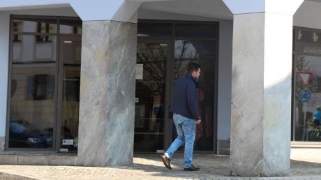 In Wertingen ist es ruhig geworden. Viele Geschäfte haben geschlossen, darunter auch das Modehaus Schneider.