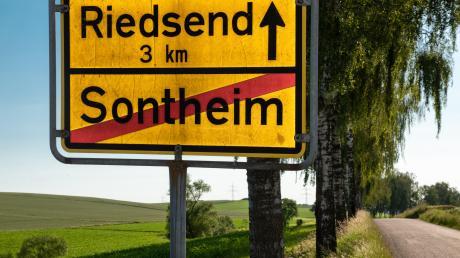 Schon lange ist der Ausbau der Ortsverbindung zwischen Riedsend und Sontheim geplant. Jetzt wird die Geschwindigkeit auf der Strecke reduziert.