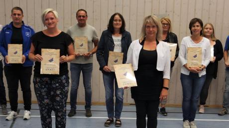 Bei der Versammlung des SV Villenbach wurden zahlreiche Mitglieder geehrt.