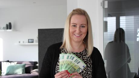 Marina Stengelmair aus Laugna kann sich gemeinsam mit ihrem Mann über 1000 Euro freuen.