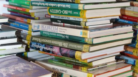 In Zusamaltheim soll ein offenes Bücherregal eingerichtet werden.