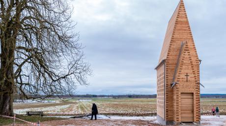 Die Denzel-Kapelle bei Oberthürheim hat jetzt eine eigene Anschrift: Ulrich-von-Thürheim-Straße 111.