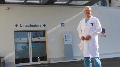 Thomas Moehrke ist Chefarzt der Chirurgie am Wertinger Krankenhaus. Er äußert sich in einem offenen Brief zu der Diskussion um das geplante Ärztehausprojekt – betont unabhängig der baulichen Ausführung. Für ihn und seine Kollegen zählen Synergien und Entlastungen, die das Projekt mit sich bringen könnte.