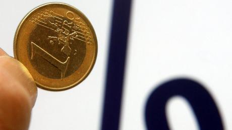 Die Zinspolitik der Europäischen Zentralbank ist äußerst ungünstig für den deutschen Sparer. Deshalb muss ein Umdenken stattfinden, empfehlen mehrere Bankenchefs aus unserer Region.