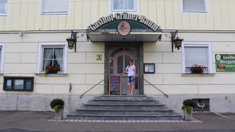 """Der Gasthaus """"Grüner Baum"""" in Buttenwiesen schließt."""