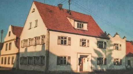 Ein Bild von vor 40 Jahren: Anstelle des ehemals jüdischen Wohnhauses entstand ein Teil des Dorfplatzes.