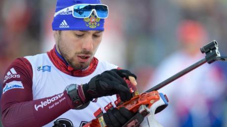 Sicherte sich den Sieg im Sprint beim Biathlon-Weltcup in Kontiolahti: Anton Schipulin aus Russland. Foto: Matthias Balk