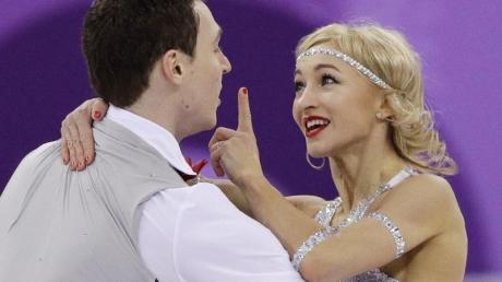 Wollen nach Olympia- nun auch WM-Gold: Aljona Savchenko und Bruno Massot.