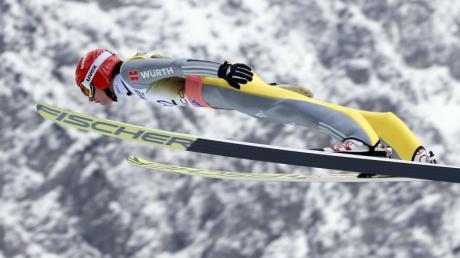Richard Freitag springt in Planica auf 243 Meter - persönlicher Rekord beim Skifliegen. Skiflug-WM 2020: Termin, Zeitplan und Live-TV.