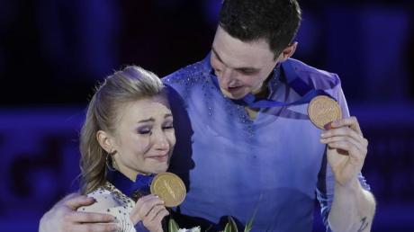 Aljona Savchenko und Bruno Massot nehmen sich nach Olympia und WM eine kleine Auszeit um über die Zukunft nachzudenken.