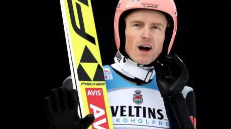 Der frühere Skisprung-Weltmeister Severin Freund hat im Continental Cup einen Podestplatz eingefahren. Foto: Daniel Karmann
